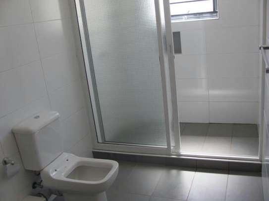 2 bedroom apartment for rent in Rhapta Road image 7