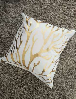 THROW PILLOW CASES image 5