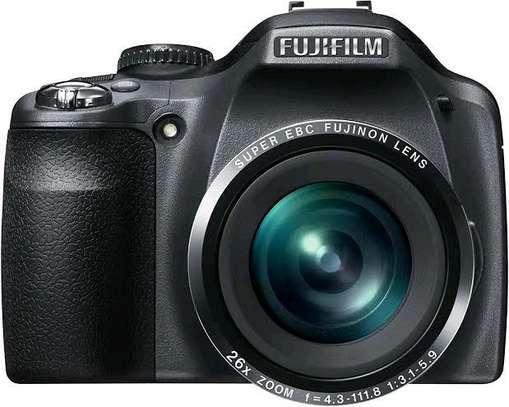 DSLR Fujifilm Camera, 14MP, 26X Superwide zoom image 1