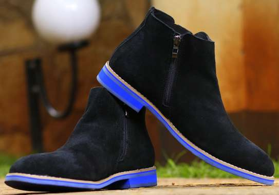 Chelsea boots image 2