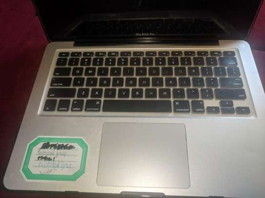Macbook pro on sale image 2