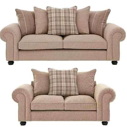 New classic 5 seater fibre couch image 1