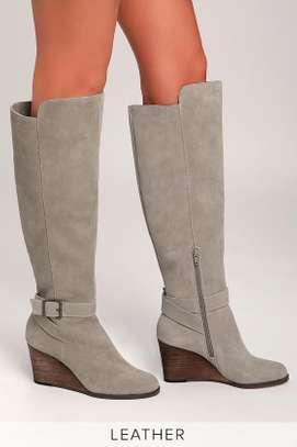 Diana Ferrari. Grey suede/leather knee-high wedge boot: size 10.5 image 2