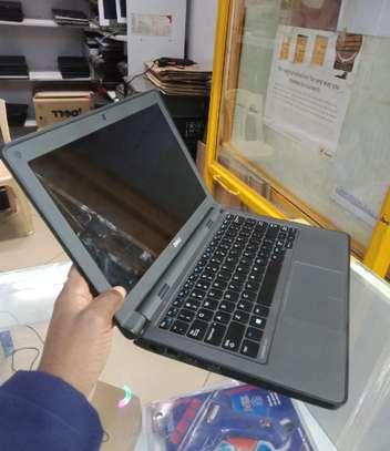 Laptop Dell Latitude 11 3150 4GB Intel Celeron HDD 320GB image 1
