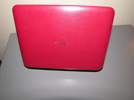 Portable Sony DVD player. image 2