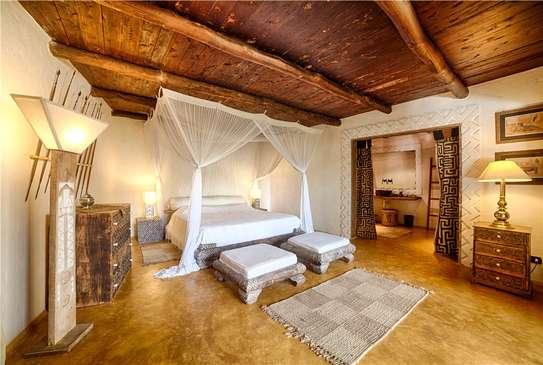 Furnished 10 bedroom villa for sale in Diani image 14