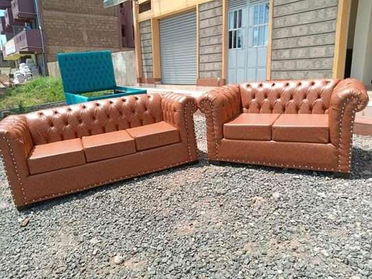 Handsome Classic Quality 5 Seater Chesterfield Sofa image 1