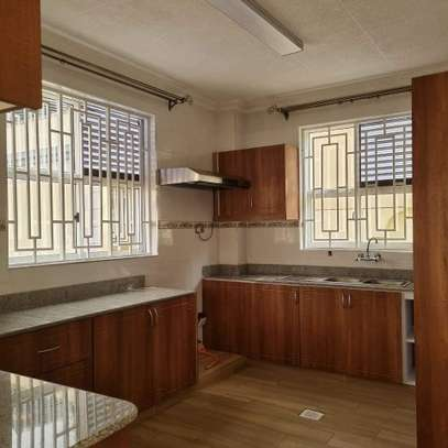 MODERN GUESTWING TO LET IN RUNDA. image 1