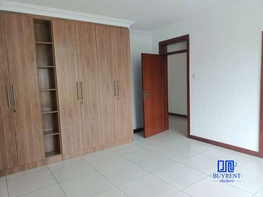 4 bedroom apartment for rent in General Mathenge image 12