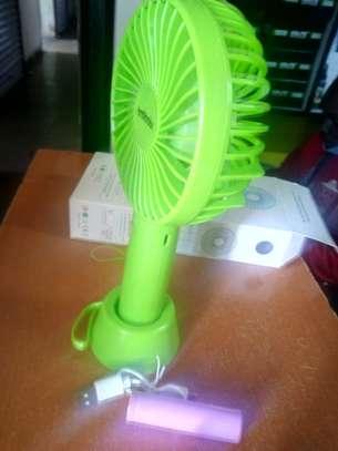 Green portable fan image 2