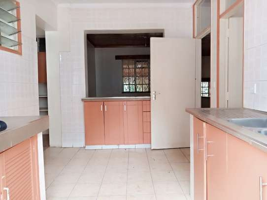 4 bedroom house for rent in Loresho image 3