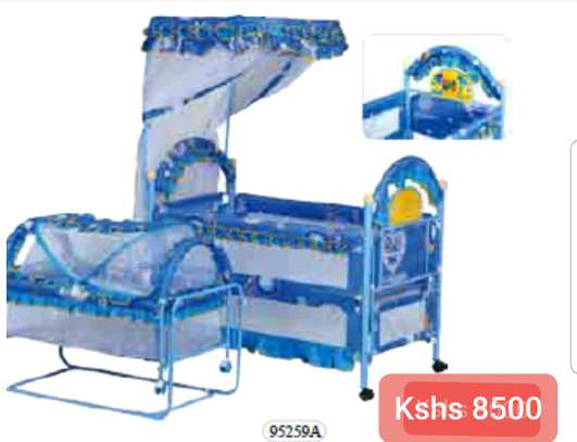 Baby Beds with wheels image 1