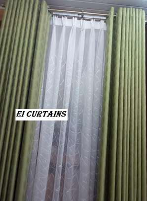HIGH QUALITY OFFICE BLINDS / VERTICAL BLINDS