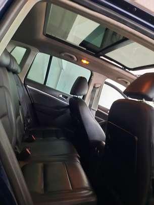 Volkswagen Tiguan 2.0 S image 8
