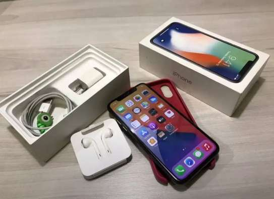 Apple iphone x 256gb on offer image 1
