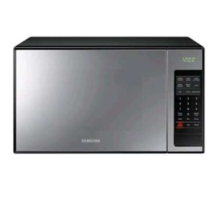 SAMSUNG 28L DIGITAL MICROWAVE OVEN +GRILL image 1