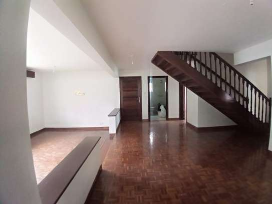 4 bedroom townhouse for rent in Kilimani image 15