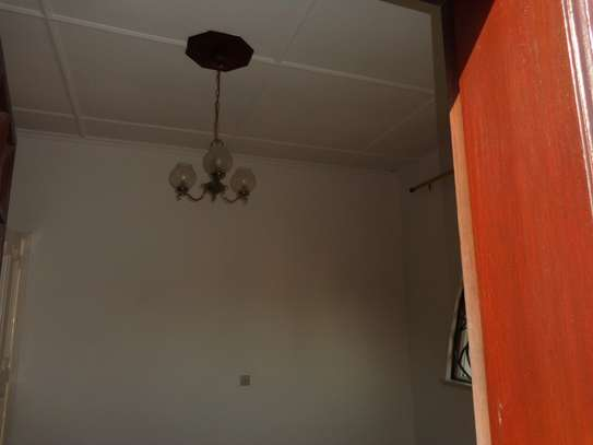 4br beach villa house with 2br guest wing for rent in Nyali. Hr15 - 1229 image 6