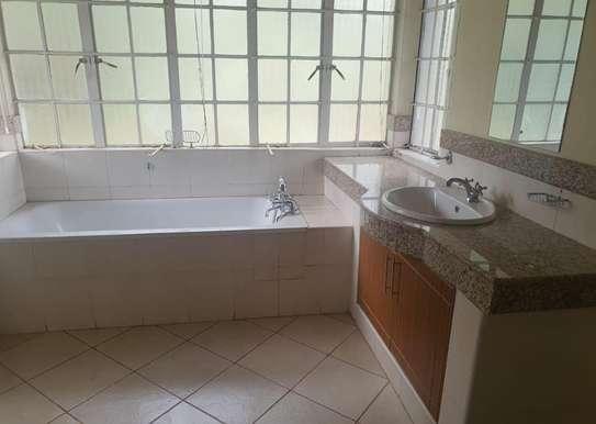 5 bedroom villa for rent in Rosslyn image 8