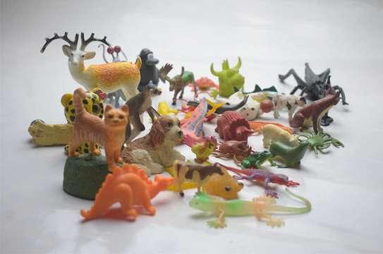 37 Pieces Animal Play Set image 2
