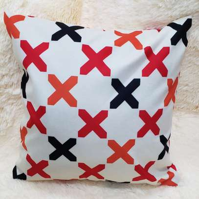 Affordable throw pillow image 3