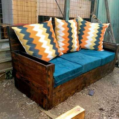 Beautiful Simple Quality 3 Seater Pallet Sofa image 1