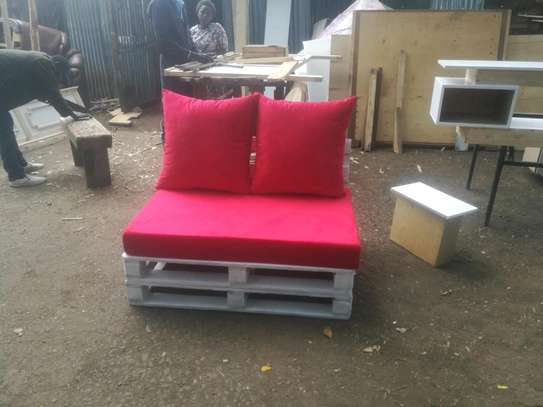 Versatile Simple Modern Quality 2 Seater Outdoor Pallet Sofa image 2