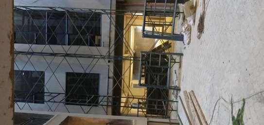 Scaffolding frame ladder image 1