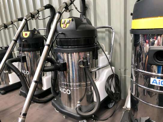 Commercial carpet and vacuum cleaner machine image 1