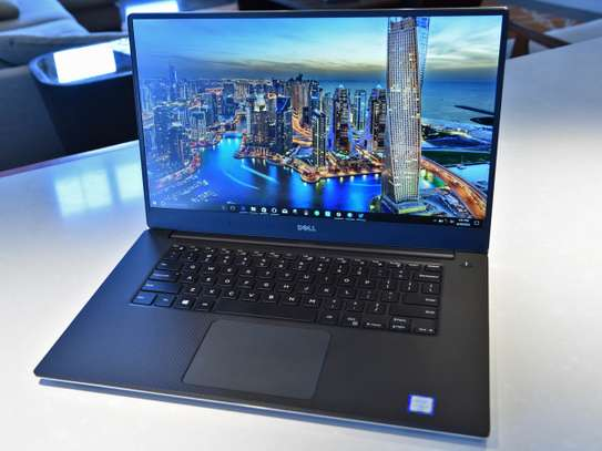 DELL XPS 15 9560 i7 WITH 4K DISPLAY image 1