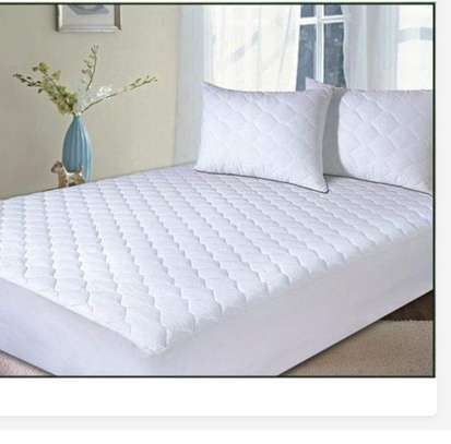 Waterproof matress cover from 4*6-6*6 image 1
