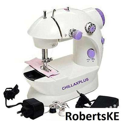 Generic mini sewing machine image 1