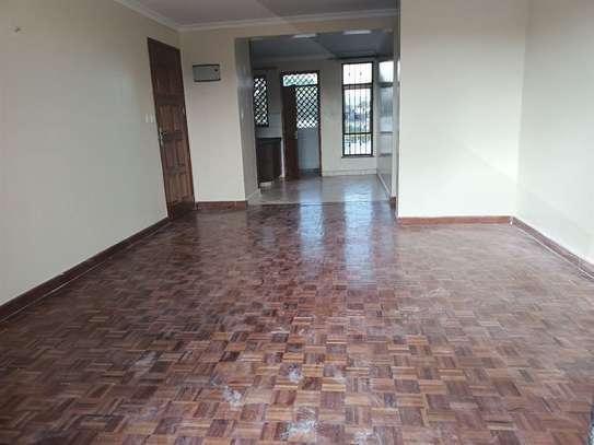 2 bedroom apartment for rent in Westlands Area image 5