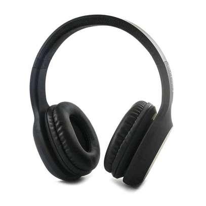Celebrat A18 wireless Headphones image 2