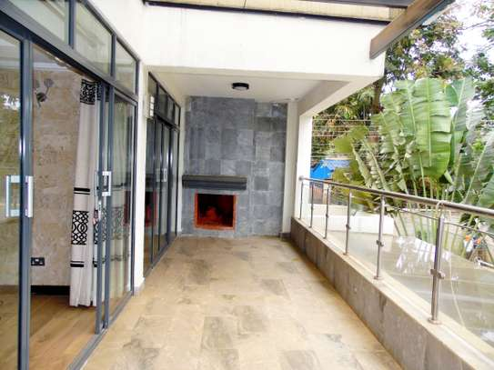 5 bedroom townhouse for rent in Lavington image 14