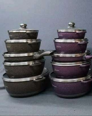 Dessini cookware set