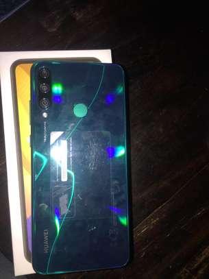Huawei Y6p image 2