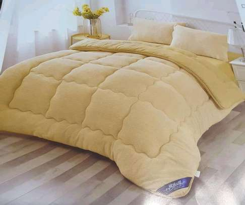 Plain woollen duvet image 1