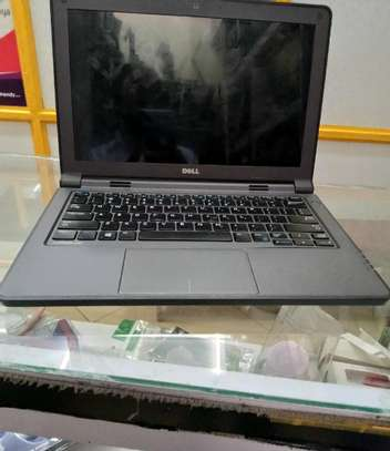 Laptop Dell Latitude 11 3180 4GB Intel Pentium SSHD (Hybrid) 320GB image 3