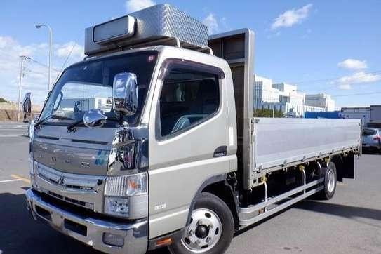 Mitsubishi Canter image 6