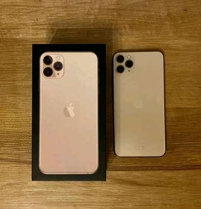 Iphone 11 pro max (original) image 1