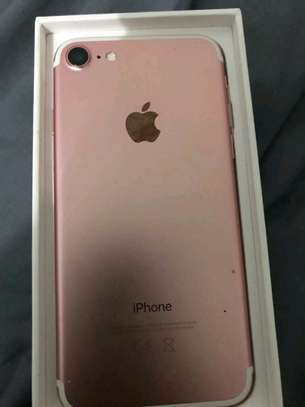 Apple Iphone 7 [ 256 Gigabytes ] With Charging Pad image 1