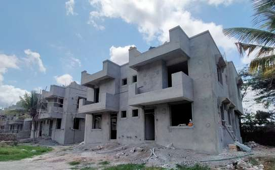 3 bedroom apartment for sale in Nyali Area image 4
