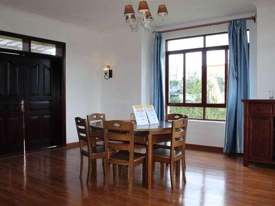 Karen - House image 5
