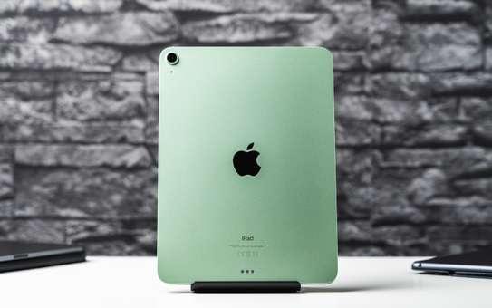 Apple IPad Air (2020) (IPad Air 4) 64GB image 1