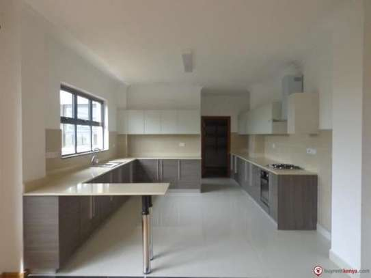 Riverside - Flat & Apartment image 22