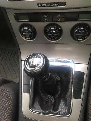 Volkswagen Passat (Local) image 6