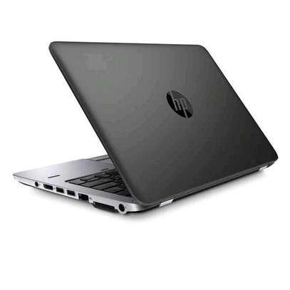 HP Refurbished Elitebook 820, 12.5″, Corei5, 4GB RAM-+ 500 GB HDD – Black image 3