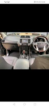 Toyota Landcruiser Prado 2016 New arrival diesel in Nairobi image 2