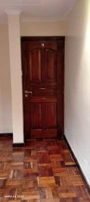 1 bedroom house for rent in Kileleshwa image 5